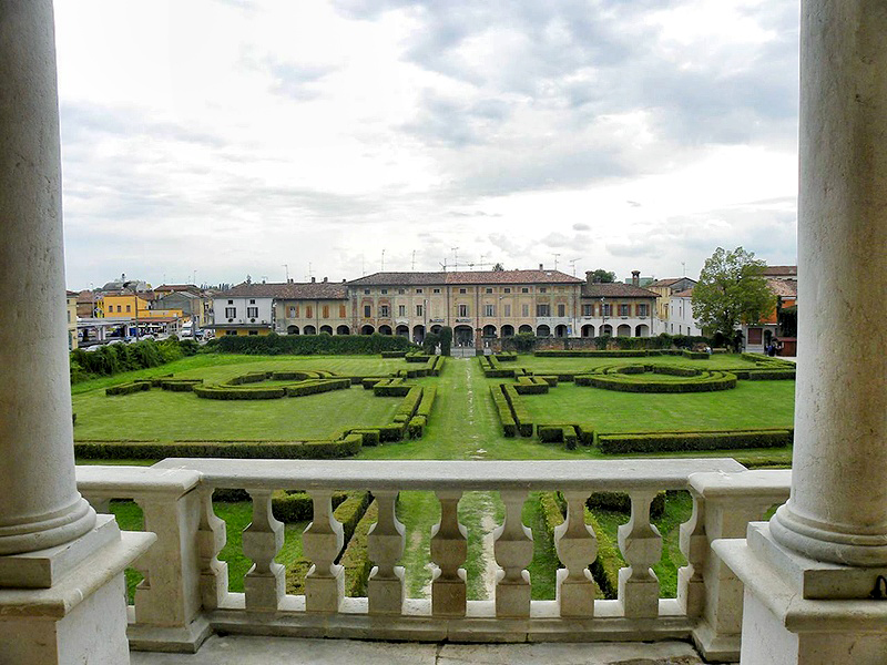 View of Villa Medici gardens