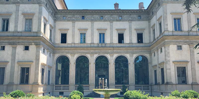 Villa Farnesina Facade